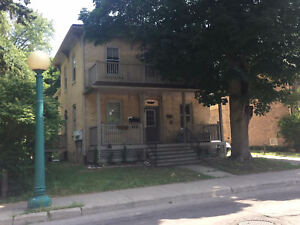 3-163 Queen St N-Great 2 Bedroom Apartment in Downtown Kitchener