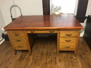High quality wooden desk for sale
