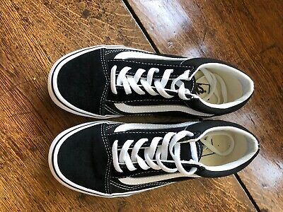 Vans Old Skool Trainers Kids Size 2 Uk