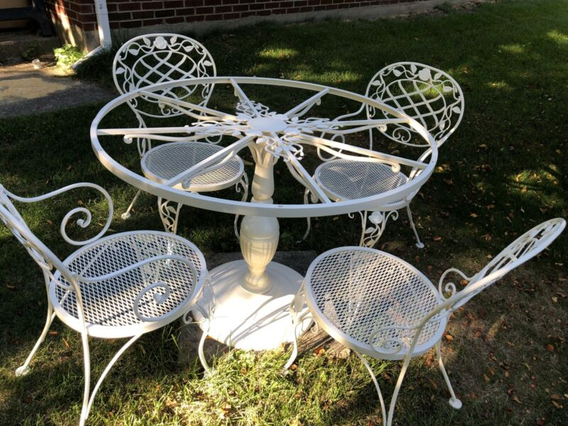 Vintage Woodard Wrought Iron Chantilly Rose Patio Dining Table & Chairs Set