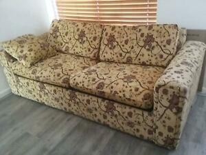 Very clean and comfortable Sofa bed