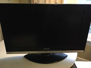 Samsung 34inch tv with trusound built in speaker