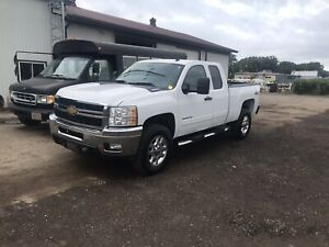 2013 Chevy Duramax 4x4 with stainless western plow