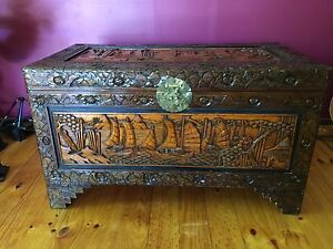 Gorgeous ornate storage chest. Gowrie Tuggeranong Preview