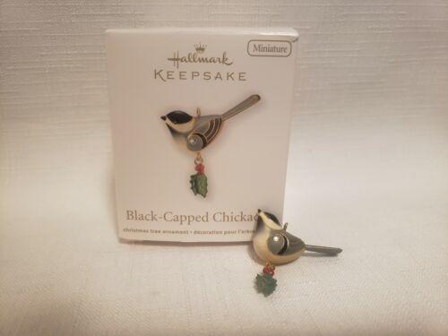 Hallmark 2011 Beauty Of The Birds Black Capped Chickadee Miniature Ornament