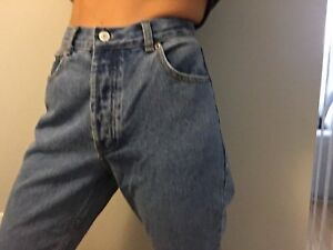 Mom jeans never used