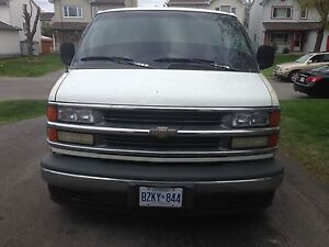 2000 Chevrolet Express 2500 series