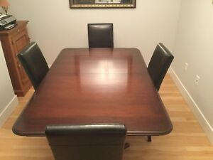 Elegant Simplistic Dining Room Table