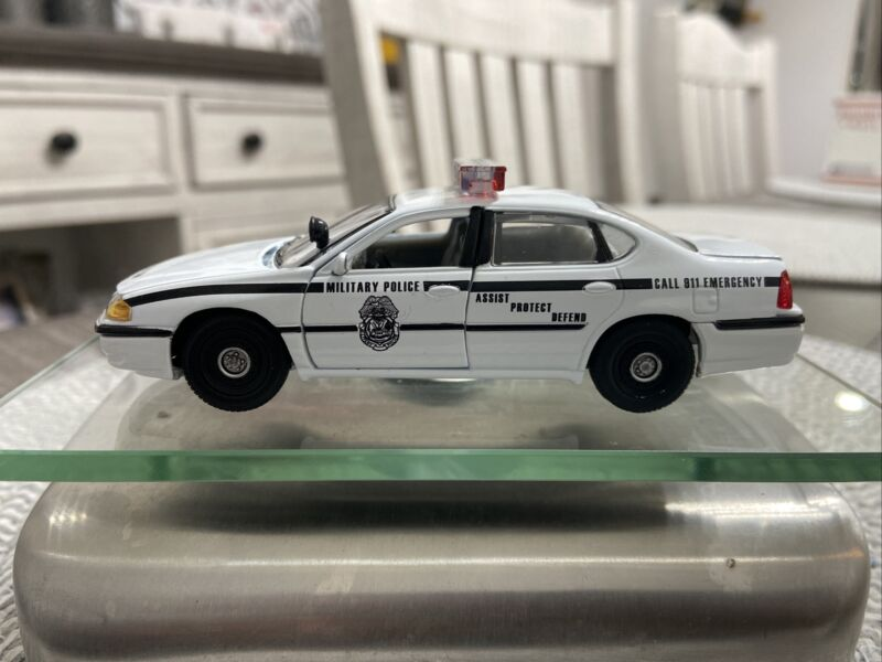 United States Army Military Police Gearbox 143 Scale Chevy Impala Diecast