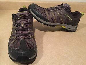 Men's Montrail Gryptonite GT Hiking Shoes Size 9.5
