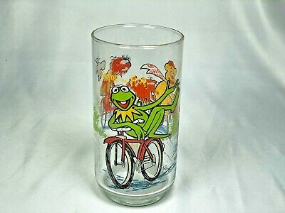 McDonald's 1981 The Great Muppet Caper Kermit the Frog on Bicycle Glass