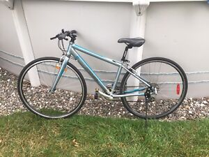 Velo hybride performance Louis Garneau