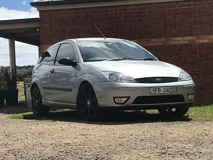 02' Ford Focus