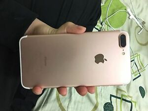 SEELING IPHONE 7 PLUS ROSE 32GB South Granville Parramatta Area Preview