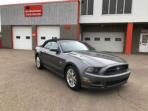 2014 Ford Mustang V6 Premium -Convertible, Fully Loaded!