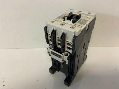 NEW FUJI ELECTRIC 50A CONTACTOR SC-E2S/G 24VDC