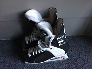 CCM Super Tacks Skates