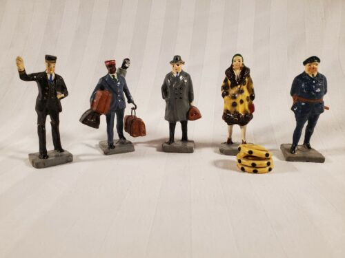 (5) Vintage 1930s Lionel Model Train Set ~ Figures People ~ Made in Japan