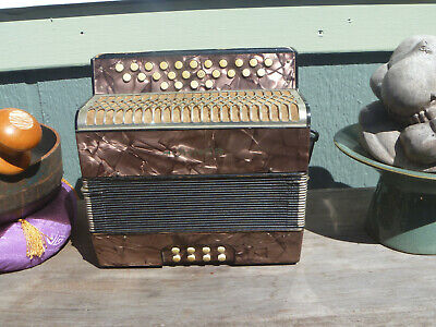 *Very playable!* Hohner Liliput button accordion   Keys of Bb-Eb pre 440 tuning