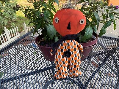 Primitive Pumpkin Girl - Halloween - pumpkin clothes - stitched face - button