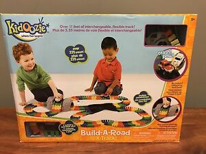 Kidoozie Build a Road x-track play set NEW