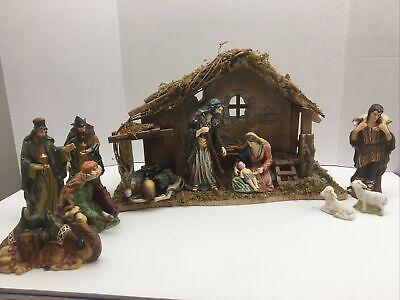 "Vintage Heritage 12 Piece Hand Painted Porcelain Nativity Set 4.5"" to 6.5"""
