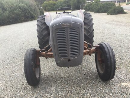 1957 Massey Harrison Ferguson FE35 Tractor Clare Clare Area Preview