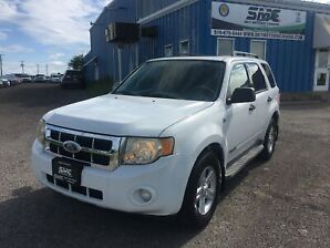 2008 Ford Escape Hybrid, AWD, Sunroof, Accident Free