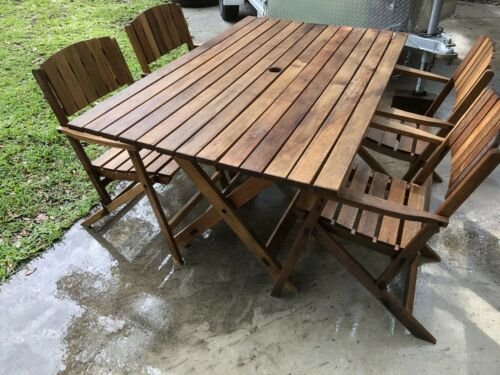 Garden Furniture - Pottery Barn Teak Table 4 Folding Chairs Garden Furniture Outdoor Patio Shipping