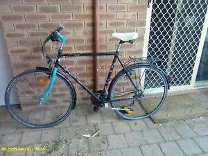 cheap bikes 1  mens + 1 girls $20 dollars for the both Greenmount Mundaring Area Preview