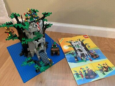 Vintage Lego 6077 Forestmen's River Fortress Nearly Complete w/Instructions