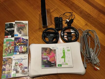 WII + WII FIT + GAMES + 2 CONTROLLERS + WHEELS... JUMBO PACKAGE!!!