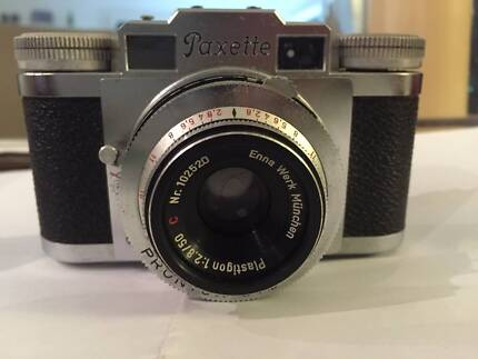 Vintage camera PAXETTE