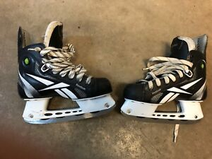 Hockey Skates Size 3 Reebok Pump Like New