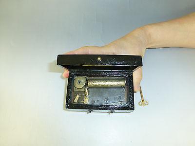 Rare Antique 1860s Paillards 2 Airs Snuff Box Cylinder Type TABATIERE MUSIC BOX
