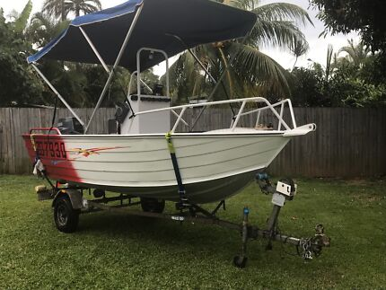 Boat Redco Centre Console 4.3mts