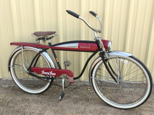 """Vtg Roadmaster Luxury Liner 26"""" Tank Bike Bicycle Reproduction w rack and lights"""