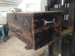 Vintage Steel Trunk/Tool Box Excellent Patina