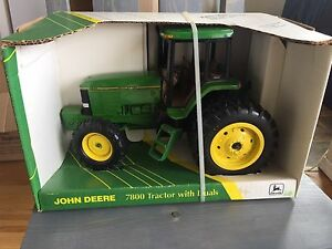 JD 7800 MFWD with duals