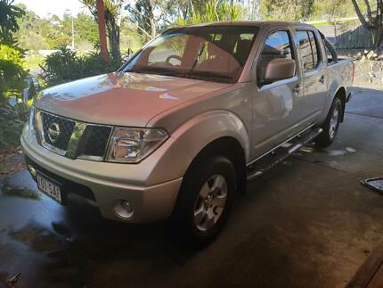 Nissan Navara 2010 ST Manual