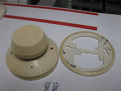 System Sensor 1424 Direct Wire Ionization Smoke Detector 24v Dc