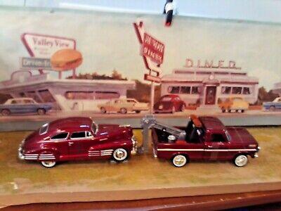 1:24 Scale Diecast (2 pc.Set),1969 Ford F-100 Tow Truck & 1948 Chevy Aerosedan