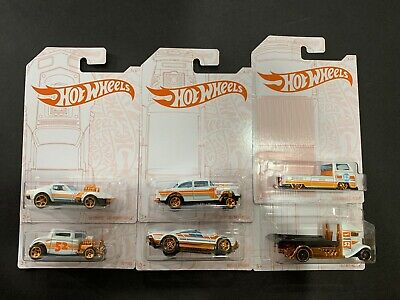 Hot Wheels Pearl and Chrome Set of 6 Cars include Gasser and VW T2 Pickup 1/64