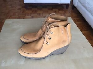 Bottes Timberland comme neuve taille 8