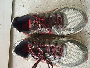 Asics Children Sport/Running shoes size 3/5(US)  very good clean Holland Park Brisbane South West Preview