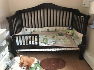 Convertible crib toddler bed