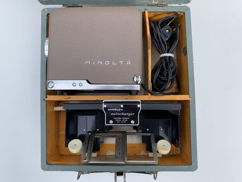 Vintage Minolta Mini 35 Slide Projector w/ Chiyoko Rokkor Lens Case & Holders