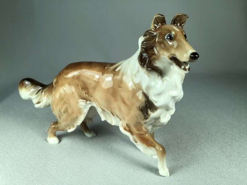 HUTSCHENREUTHER GERMANY PORCELAIN FIGURINE OF A COLLIE DOG, GORGEOUS!