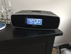 iHome iP90 Alarm Clock /Radio/ Dock for iPhone/iPod/ +Aux in for MP3 Players
