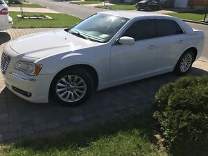 Chrysler 300 2012 Touring Edition *136k KM*
